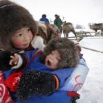 驯鹿森林图片集Arctic{摄影集9#}驯鹿牧民节的盛况图记的图片 第14张